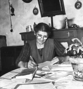 Anjela Duval